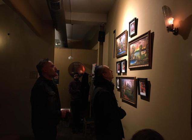'Bir Duvarı Çalmak' Üzerinden Kamusal Sanatı Okumak